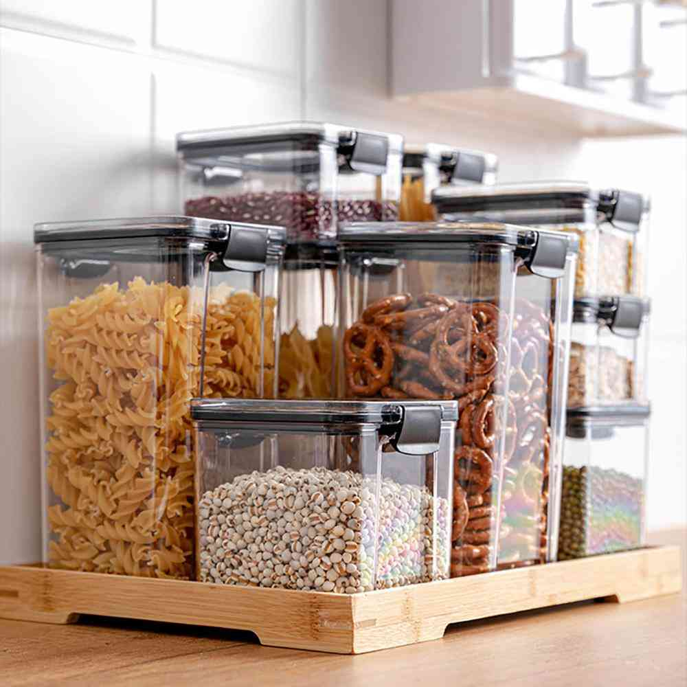 Multigrain Transparent Sealed Cans Used As Food Storage Container