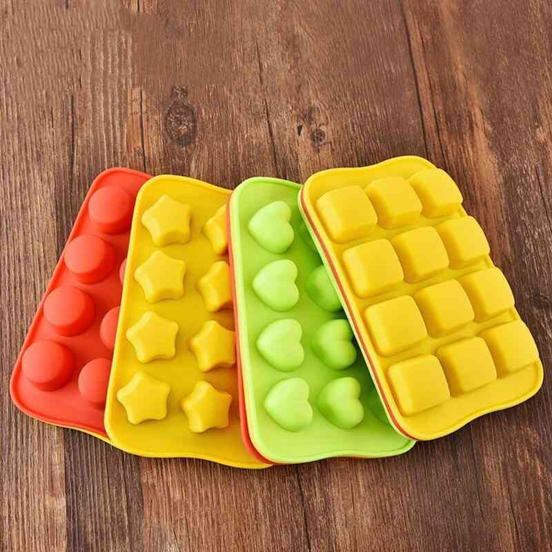 12 Chocolate Molds Gummy Molds Silicone - Candy Mold And Silicone Ice Cube Tray Nonstick Including Hearts, Stars, Shells