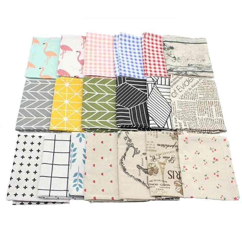 Plaid Cotton Fashion Style Fabric Table Mats , Napkins Simple Design Tableware