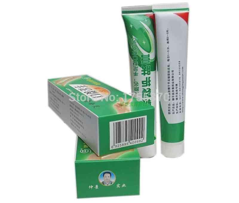 Chapped Peeling Repair, Anti Dry Crack Winter Feet Care Medicinal Ointment Cream