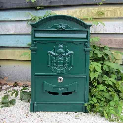Retro Style, Lockable And Wall Mounted Mailbox