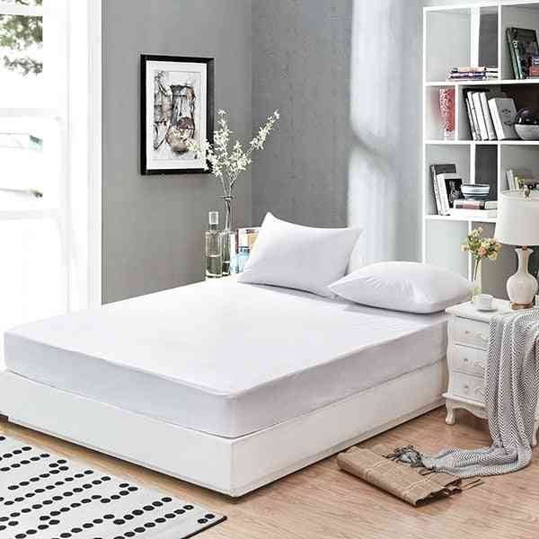 Smooth, Waterproof Mattress Protector Cover For Bed