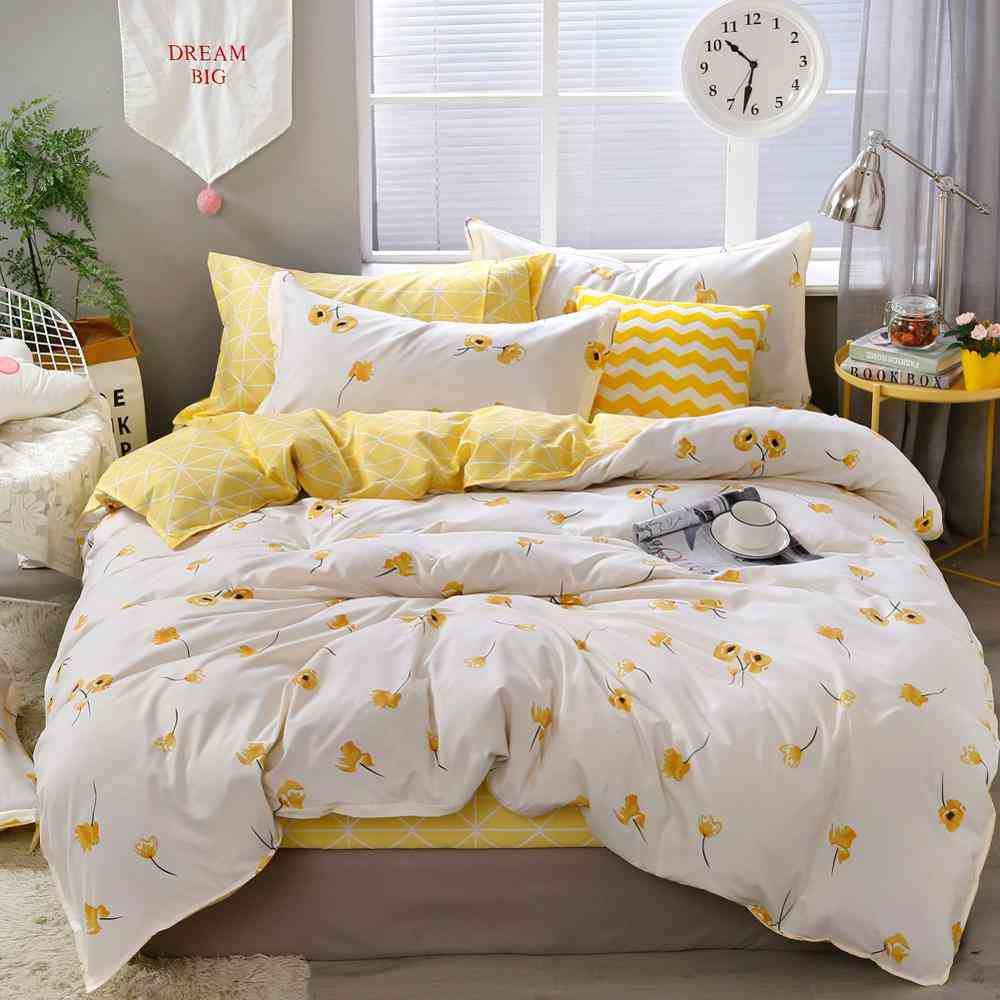 Luxury Floral Bedding Set - Duvet Cover Lucky Clovers And Plaid Reversible Bedsheets