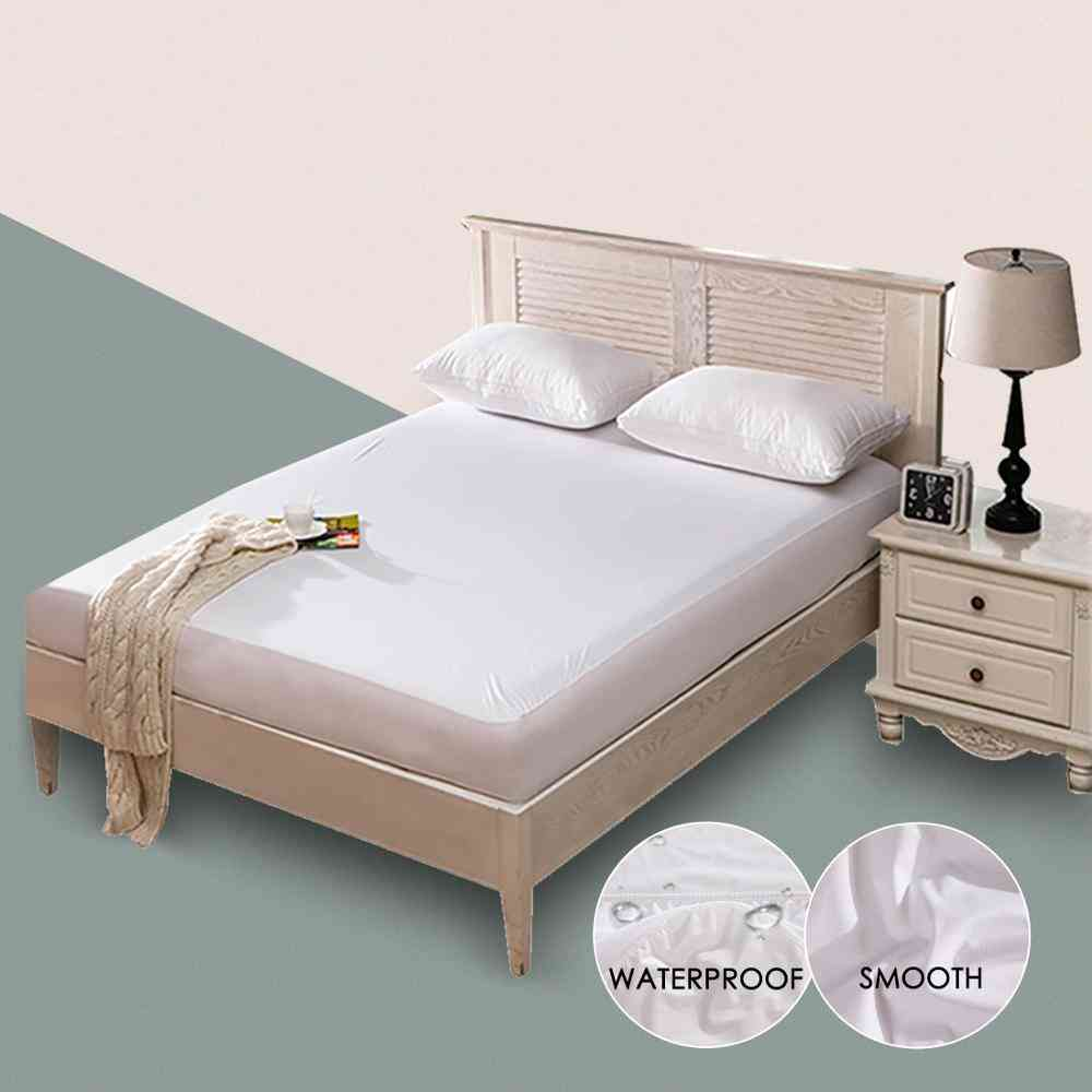 Solid White Wetting Smooth Breathable Waterproof Hypoallergenic Polyester Mattress Protector Cover For Bed