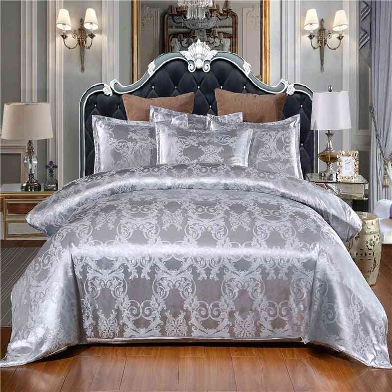 Satin Jacquard Classical Pattern Style Quilt Cover And Pillowcase