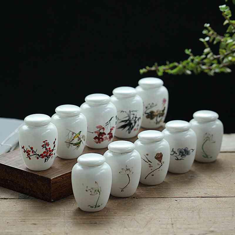 Traditional Memorial Keepsake Ceramic Urn