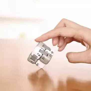 Smart Mitu Cube Spinner Finger Intelligence  Bricks