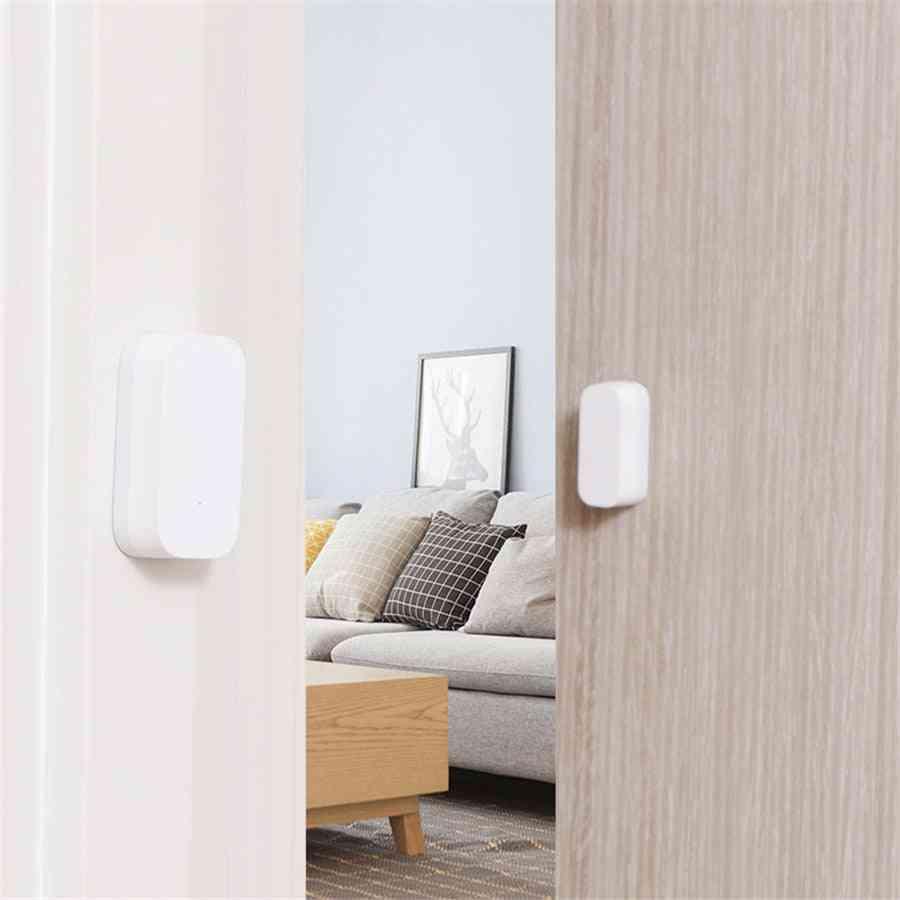 Smart Home Window & Door Sensor Mini Device With Zigbee Wireless Connection