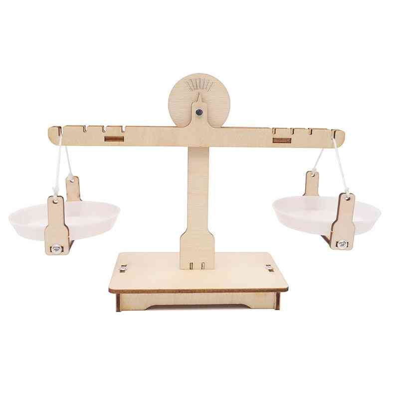 Montessori Educational Wooden Balancing Scale Math Learning Game Board For Kids