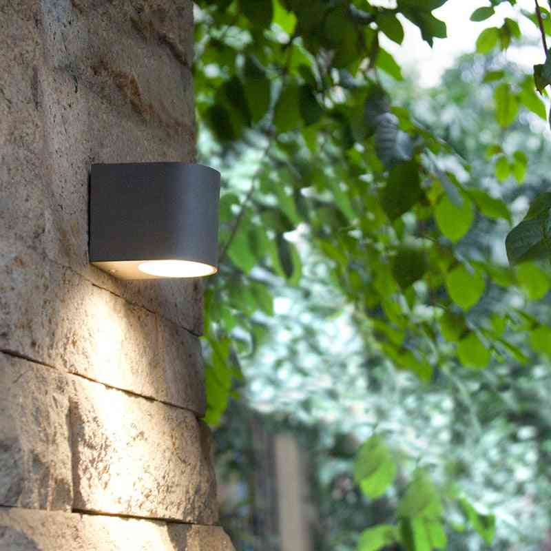 Waterproof Aluminum Led, Wall Light- In Round And Square Shape