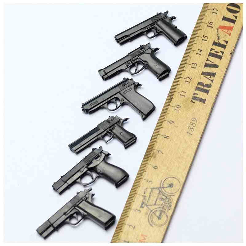 Soldiers Pistols, Model Ornament, Military Sandbox Scenes And  For Action Figure