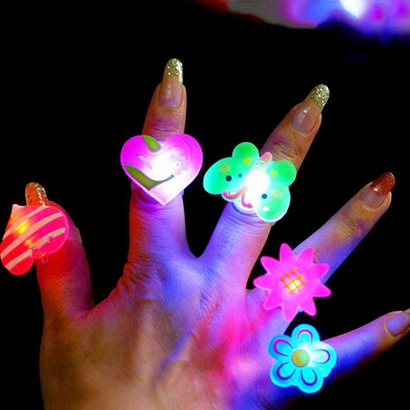 Luminous Rings - Glow In The Dark's Flash Led Cartoon Lights