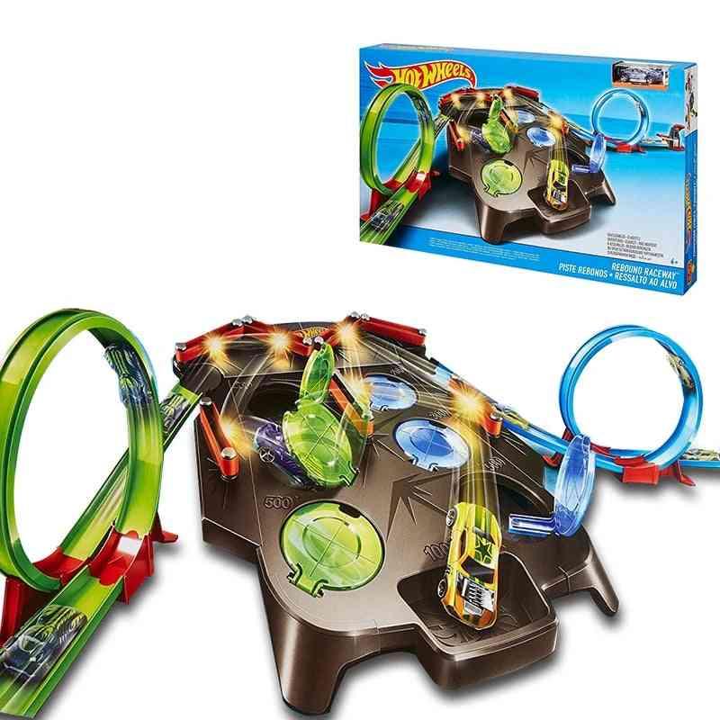 Wheels Rebound Raceway Play Set, Double Athletics Track Racing Toy