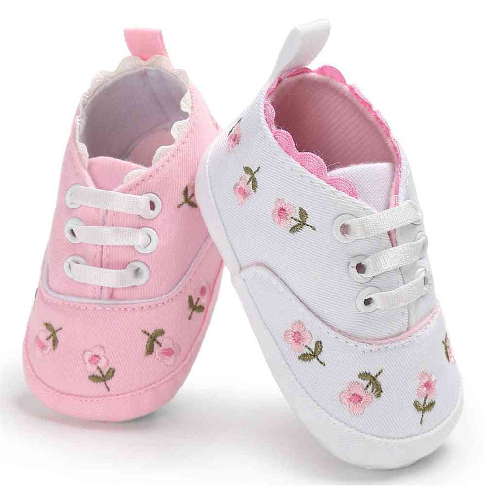 Flower Embroidery,  Soft Sole Crib Causal Shoes