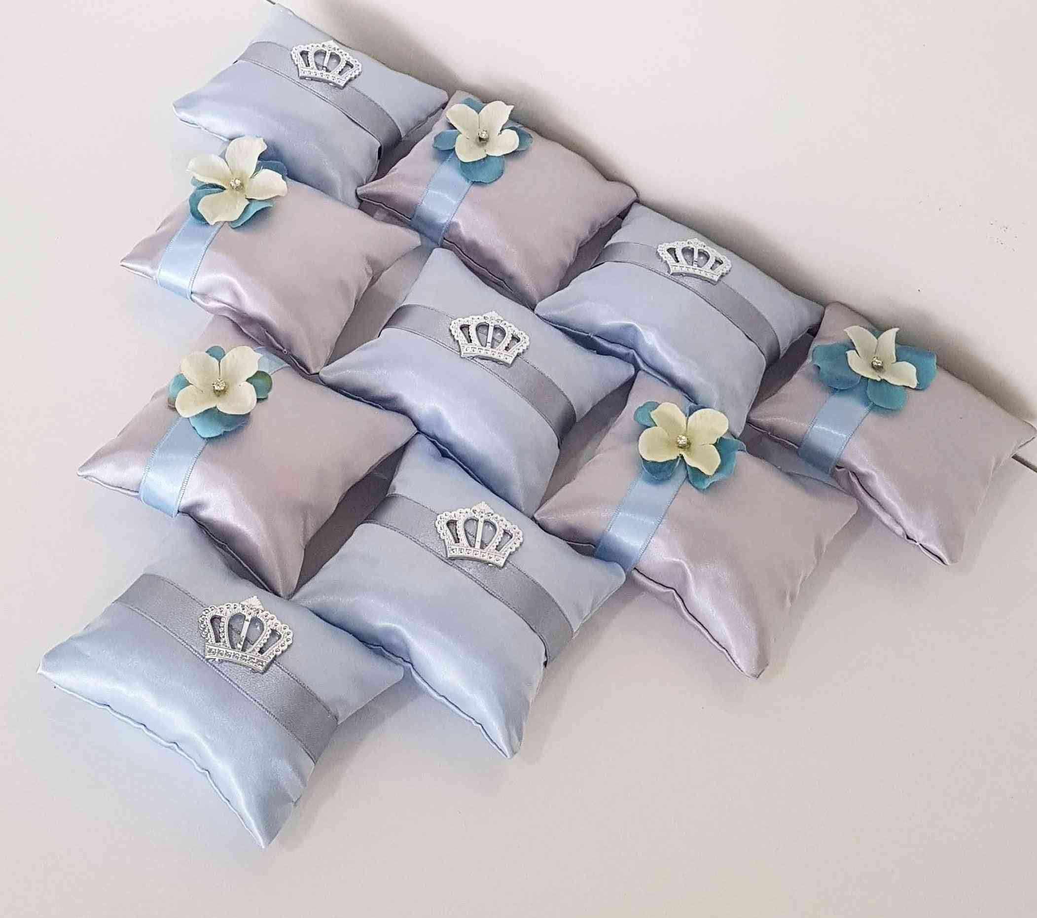 Design Pillow Type Art Style Colorful Beautiful