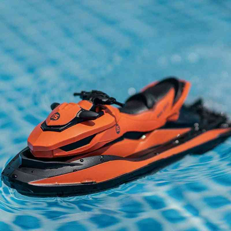Mini Remote Control Motorboat Toy Model For Water Skiing