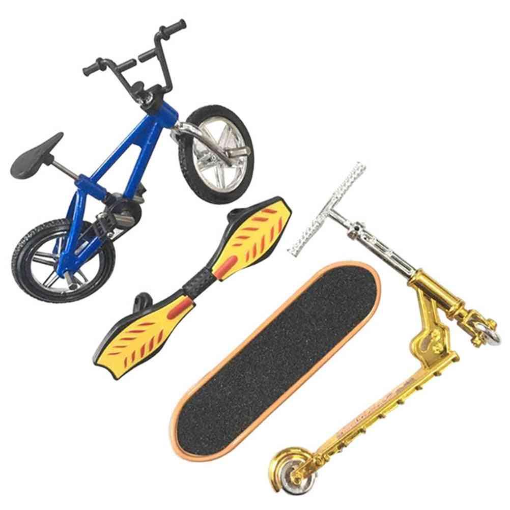 Mini Finger Skateboarding Plastic, Finger Scooter, Classic Chic Game, Desk