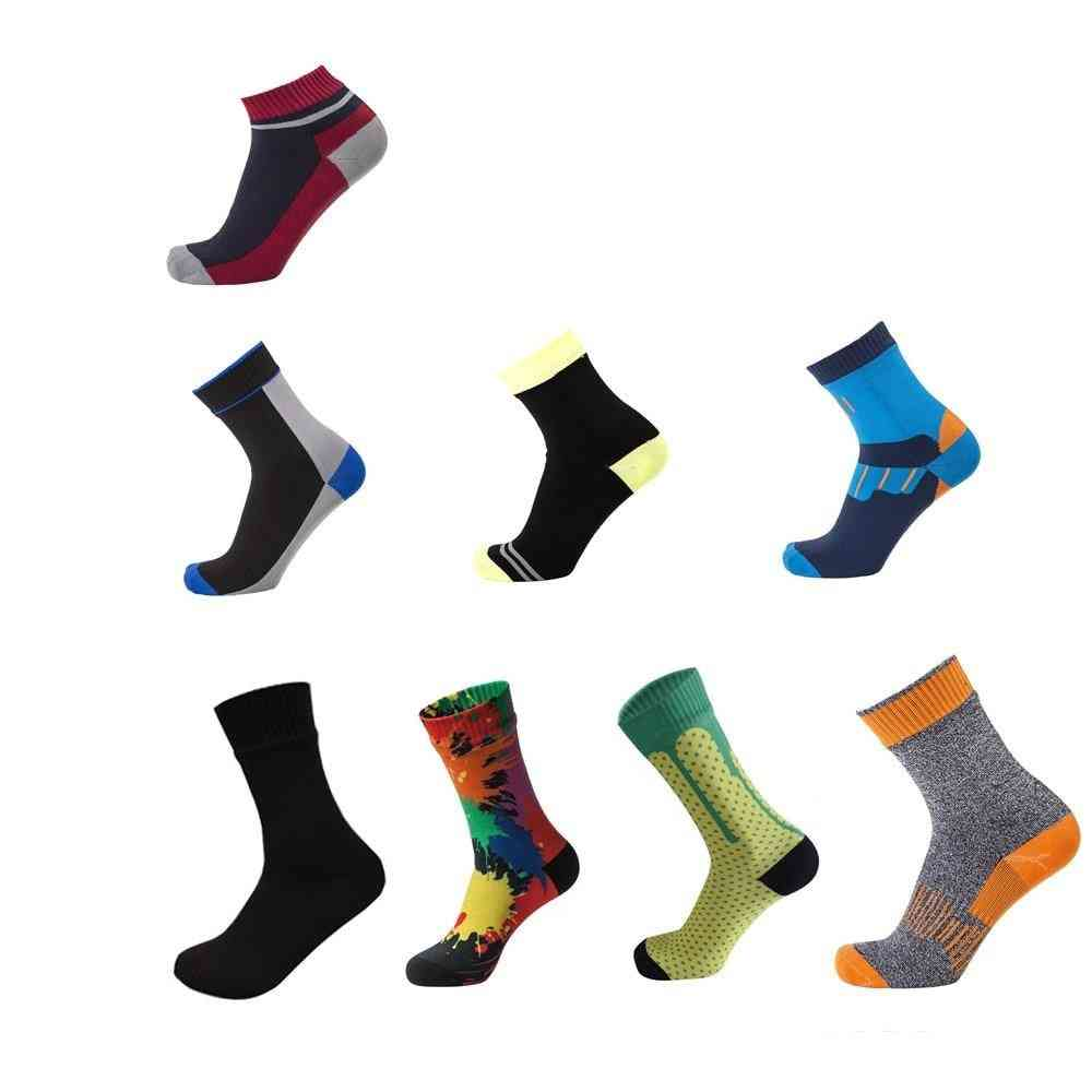 Waterproof Breathable Bamboo Rayon Socks For Hiking, Hunting, Skiing & Fishing Outdoor Sports
