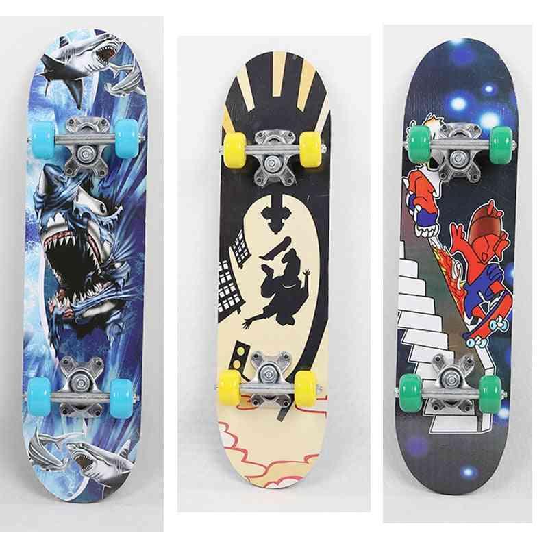 Four-wheel Skateboard