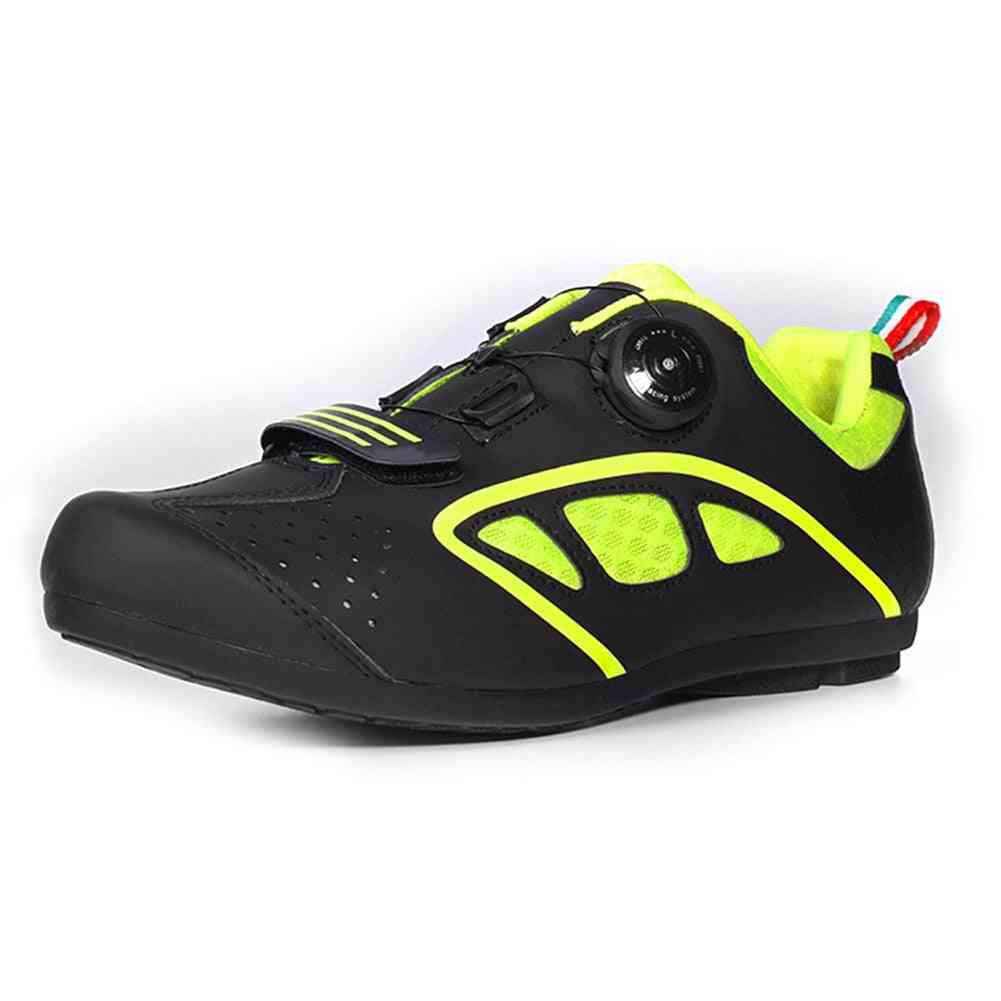 Non-locking  Men Sports Sneakers For Outdoor Sports
