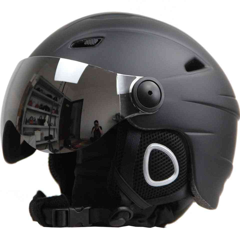 Adjustable & Ultralight Sports Skiing Helmets With Goggles