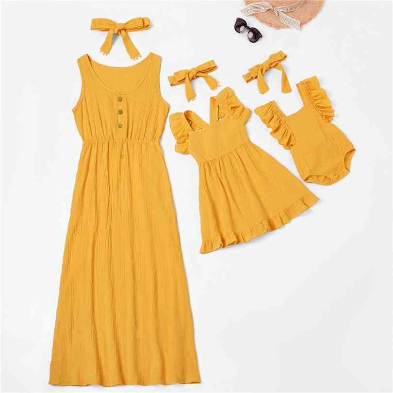 Women & Dress, Matching Outfits
