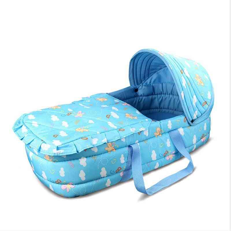 Polyester Waterproof / Windproof Warm Basket Type Portable Traveling, Baby Cot Mini Cribs