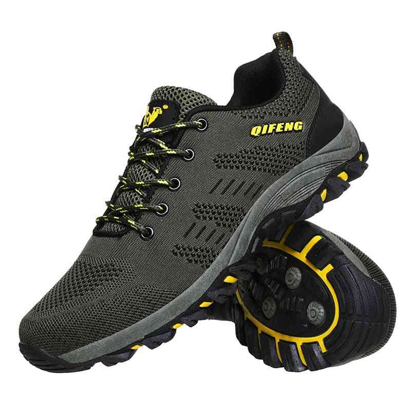 Breathable Professional Men's Mountain Climbing Boots
