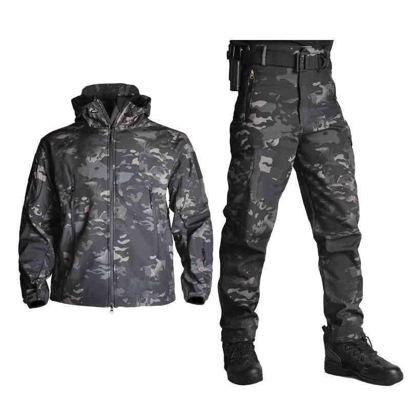 Men Soft Shell Waterproof Army Hunting Jackets