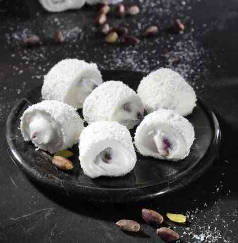 Sultan Kaymakli Pistachio Coconut Covered Turkish Delight Ikbal