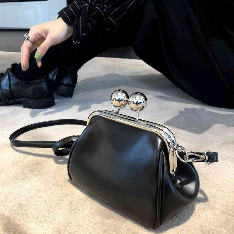 Vintage Shell Clip Women Shoulder Bags, Leather Chains Crossbody Bag