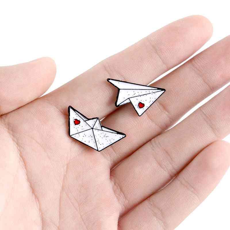 Love Pin Shirt Bag Aircraft Ferry Badge Mini Jewelry Friends