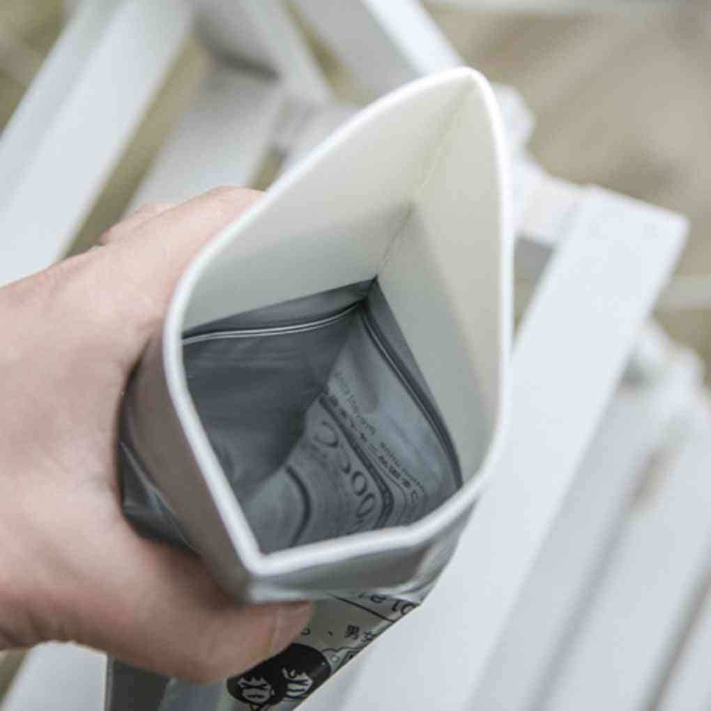 Elderly Outdoor Emergency Urinate Bags Car Mini Toilet Urine Bag
