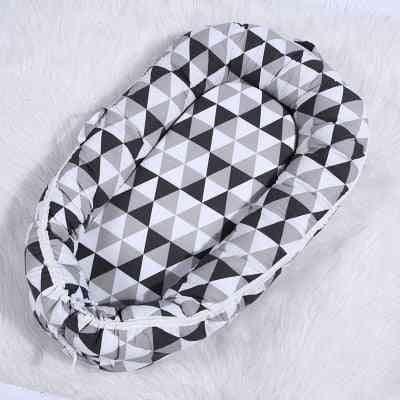 Portable Removable And Washable Newborn Baby Crib