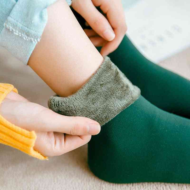 Winter Warmer Thicken Thermal Wool Cashmere Snow Socks Seamless Velvet For Men Women