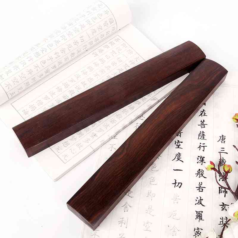 2pcs Wooden Redwood Traditional Carving Crafts Paperweights