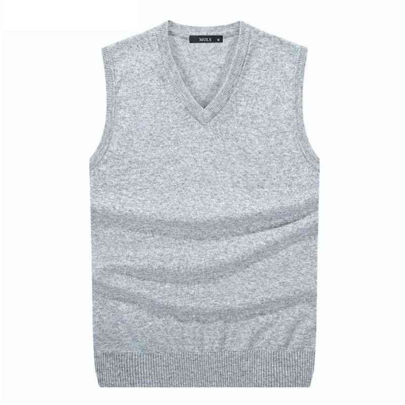 Knitted Solid Vest