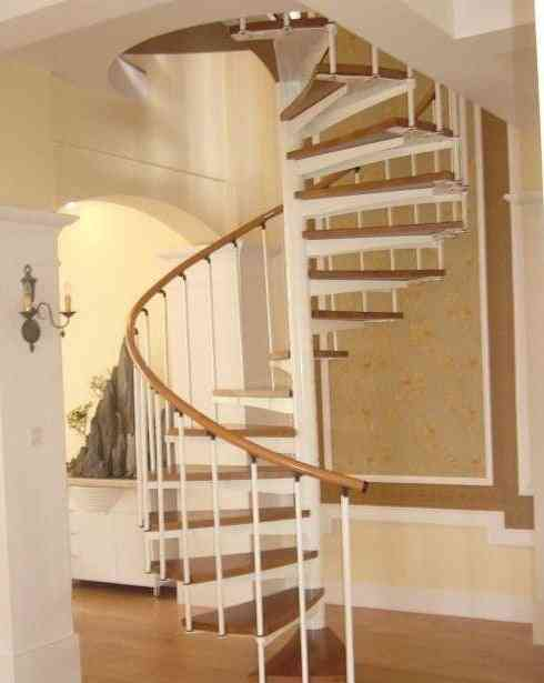 Indoor Steel-wood Spiral Stair For Small Spaces