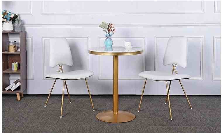 Coffee Shop To Discuss Tables And Chair