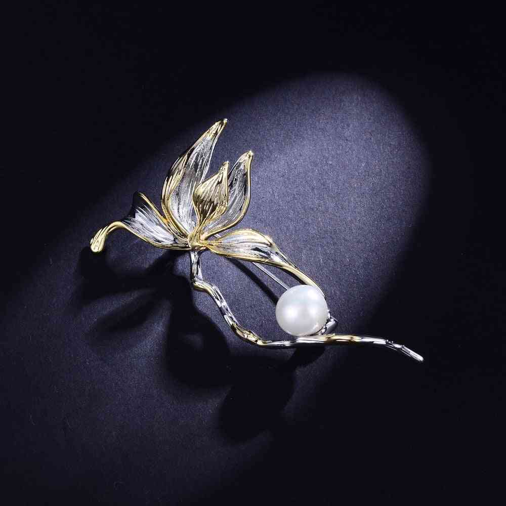 Classic Freshwater Pearl Flower Brooches Female Tulip Silver Color Pin  (silver)