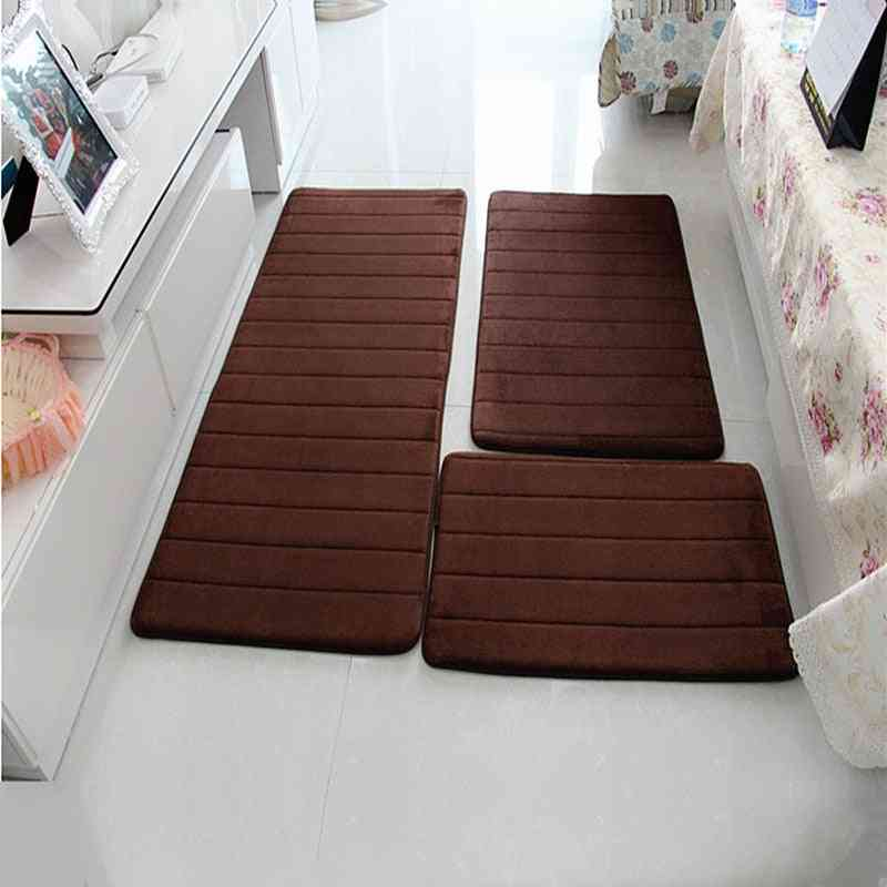 Water Absorption Bath Mat Set Anti-slip Bathroom Mat Next To Washing Machine