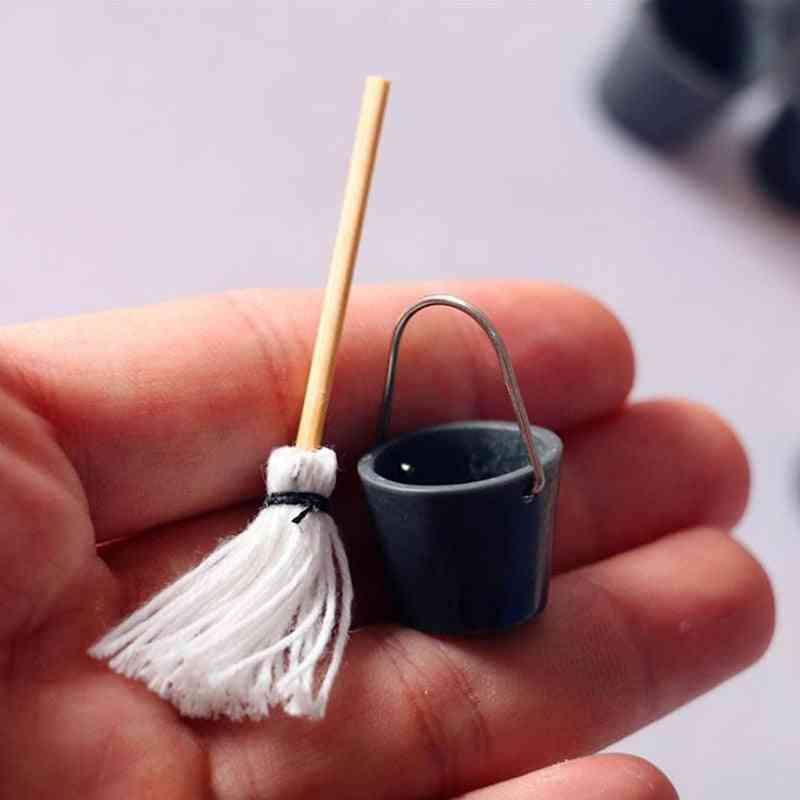 Dollhouse Miniature Resin Kitchen Garden Mop Bucket Classic Pretend Play Furniture Cute Creative