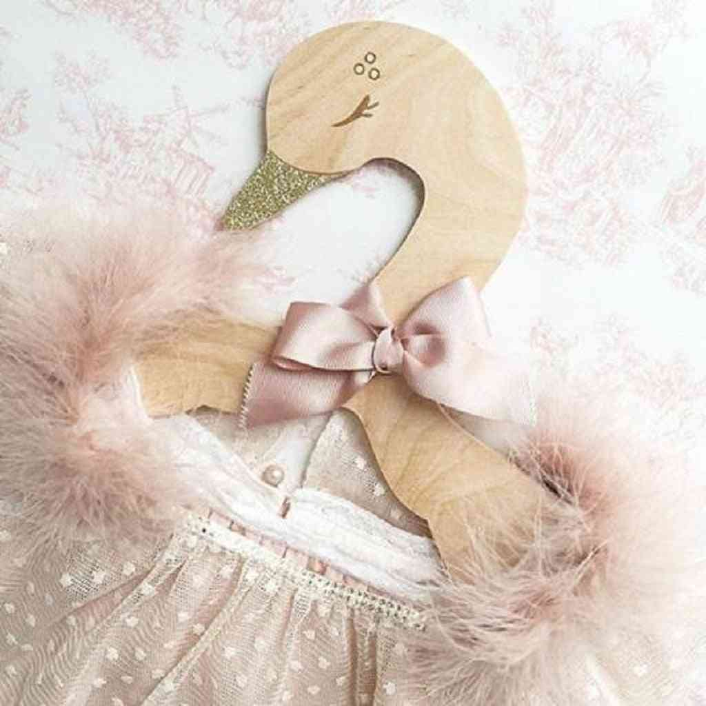 Carton Swan- Wooden Clothes Hanger