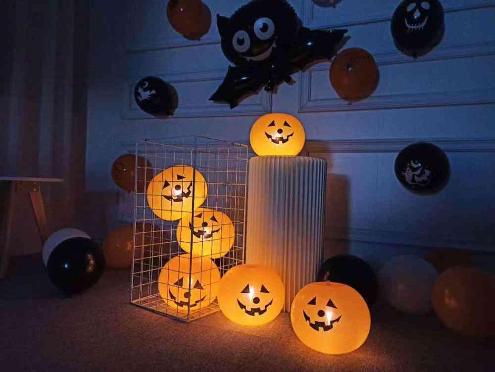 Mini Cartoon Halloween Balloons, Pumpkin With Lights Toy