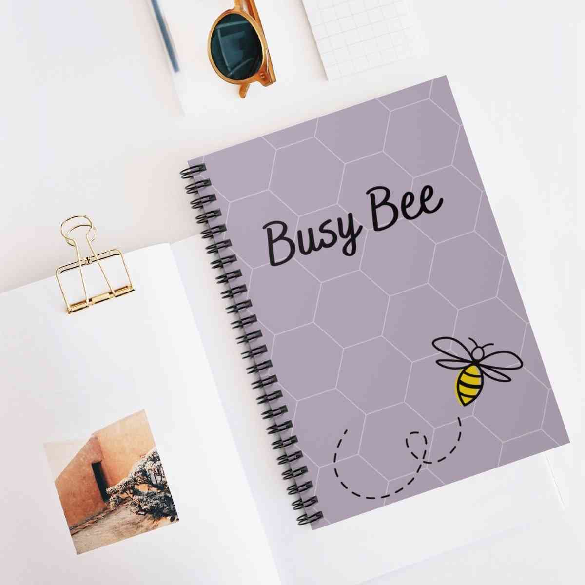 Busy Bee - Daily Planner - Undated 364 Pages