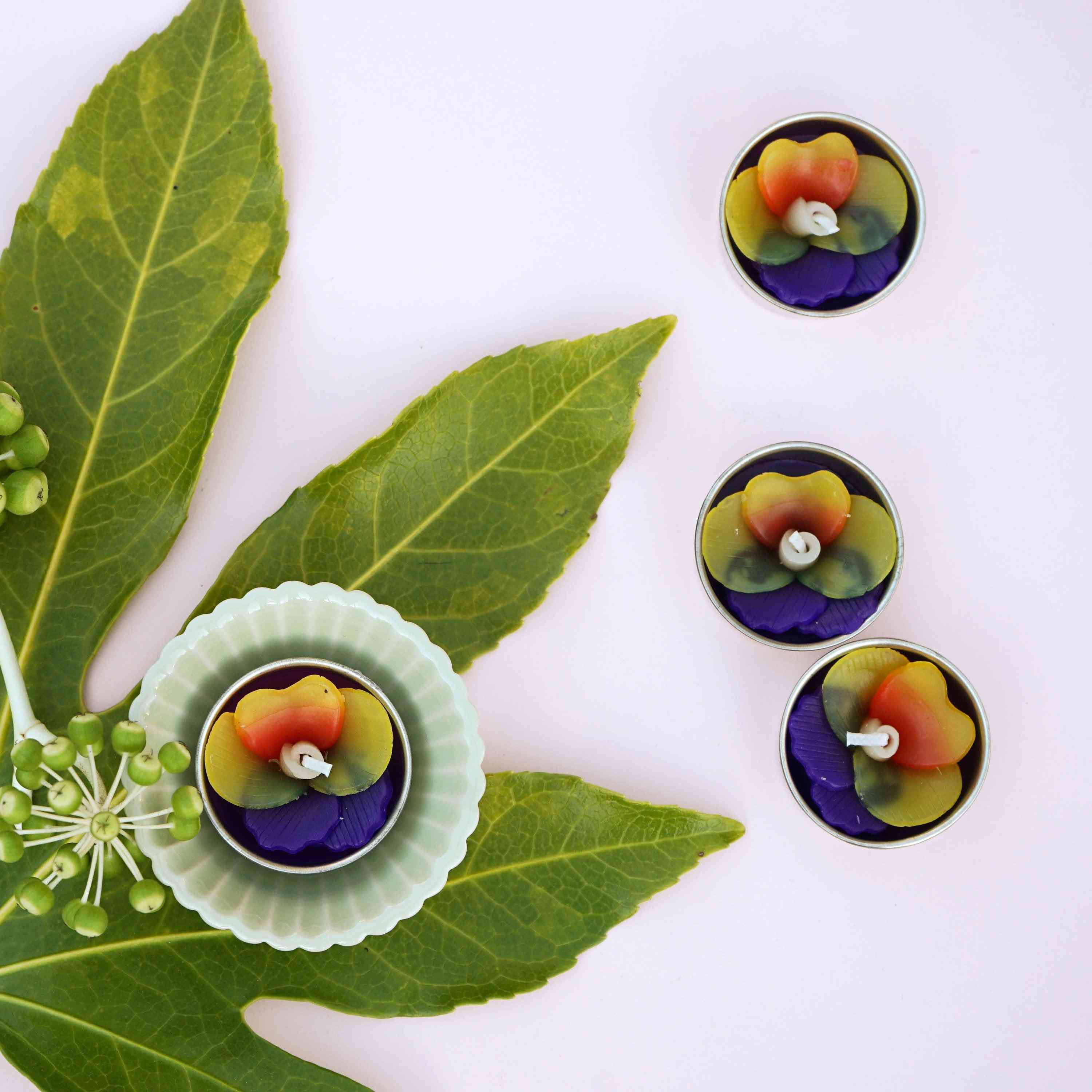 Purple Pansy Scented Tealights