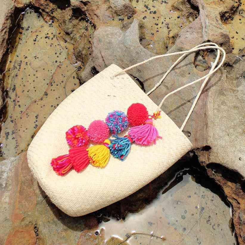 Soft Rattan Straw Tote Bag With Pom-pom & Tassel