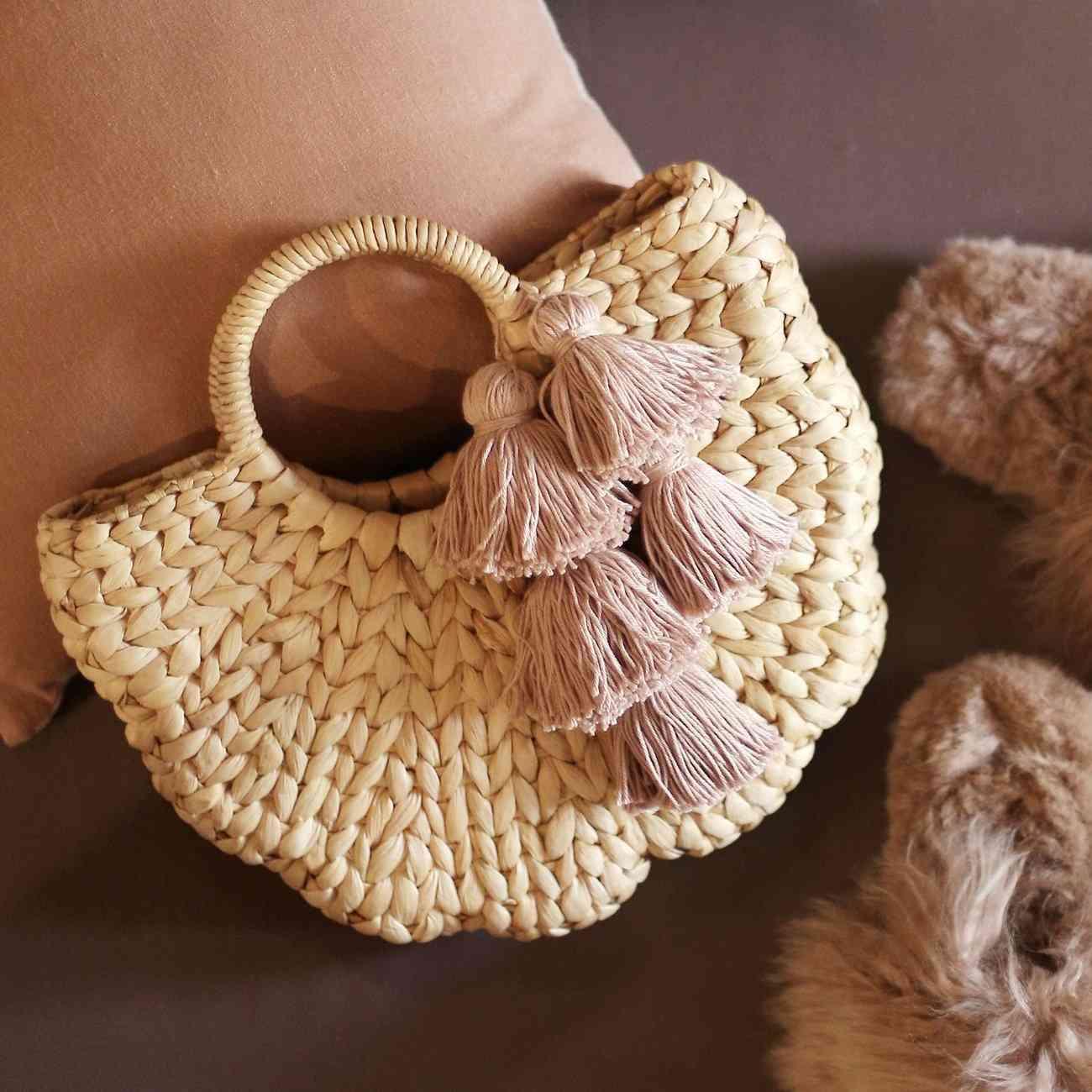 Shell Hyacinth Straw Bag