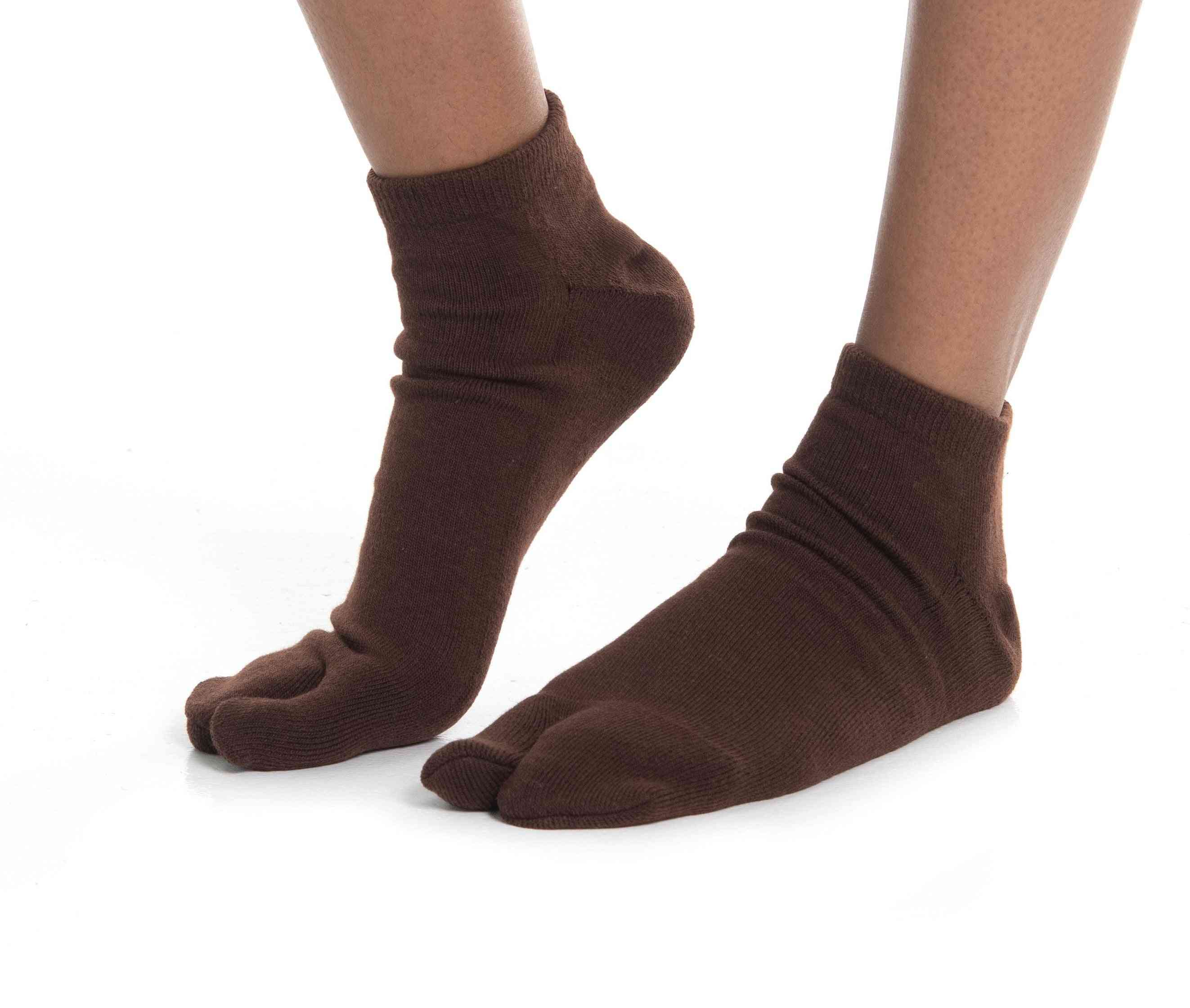 Thicker Athletic Or Casual Flip-flop Socks