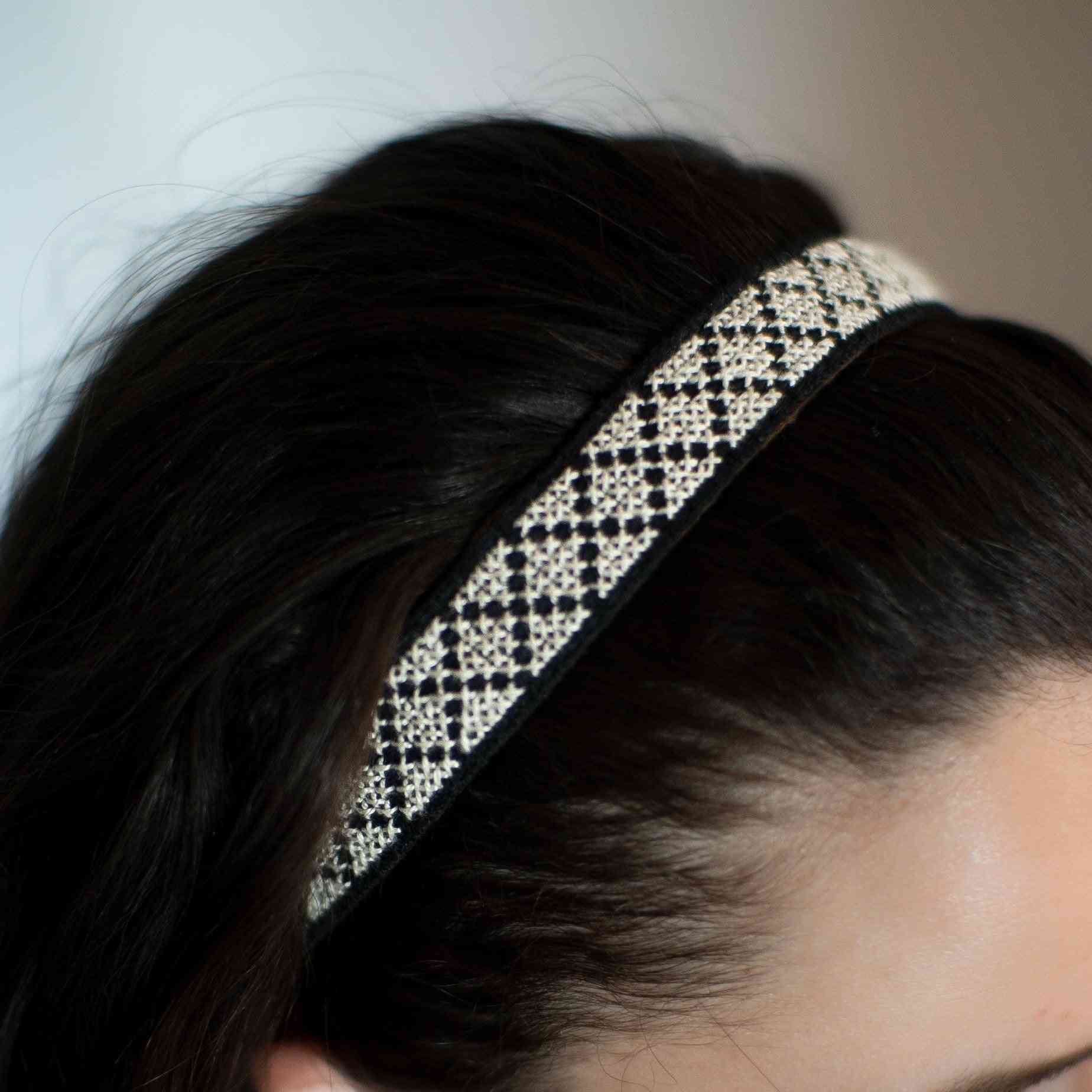 Tatreez Headband In White
